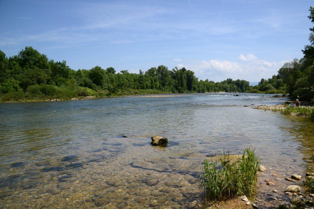 Les berges de la rivière d'Ain